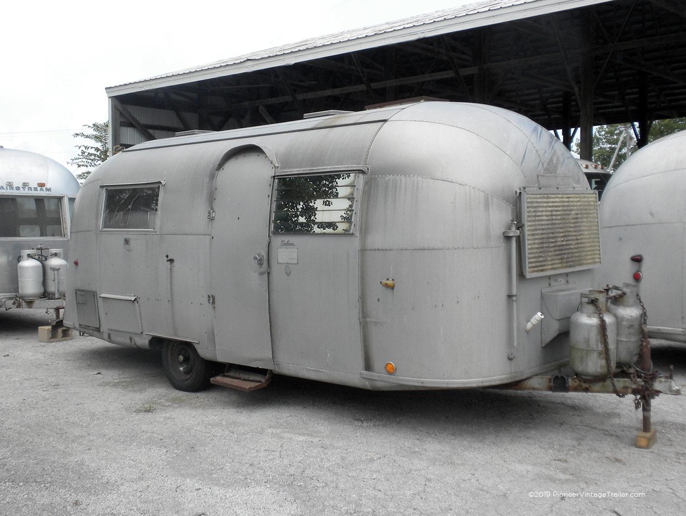 1964 Airstream Safari Pioneer Vintage Trailer