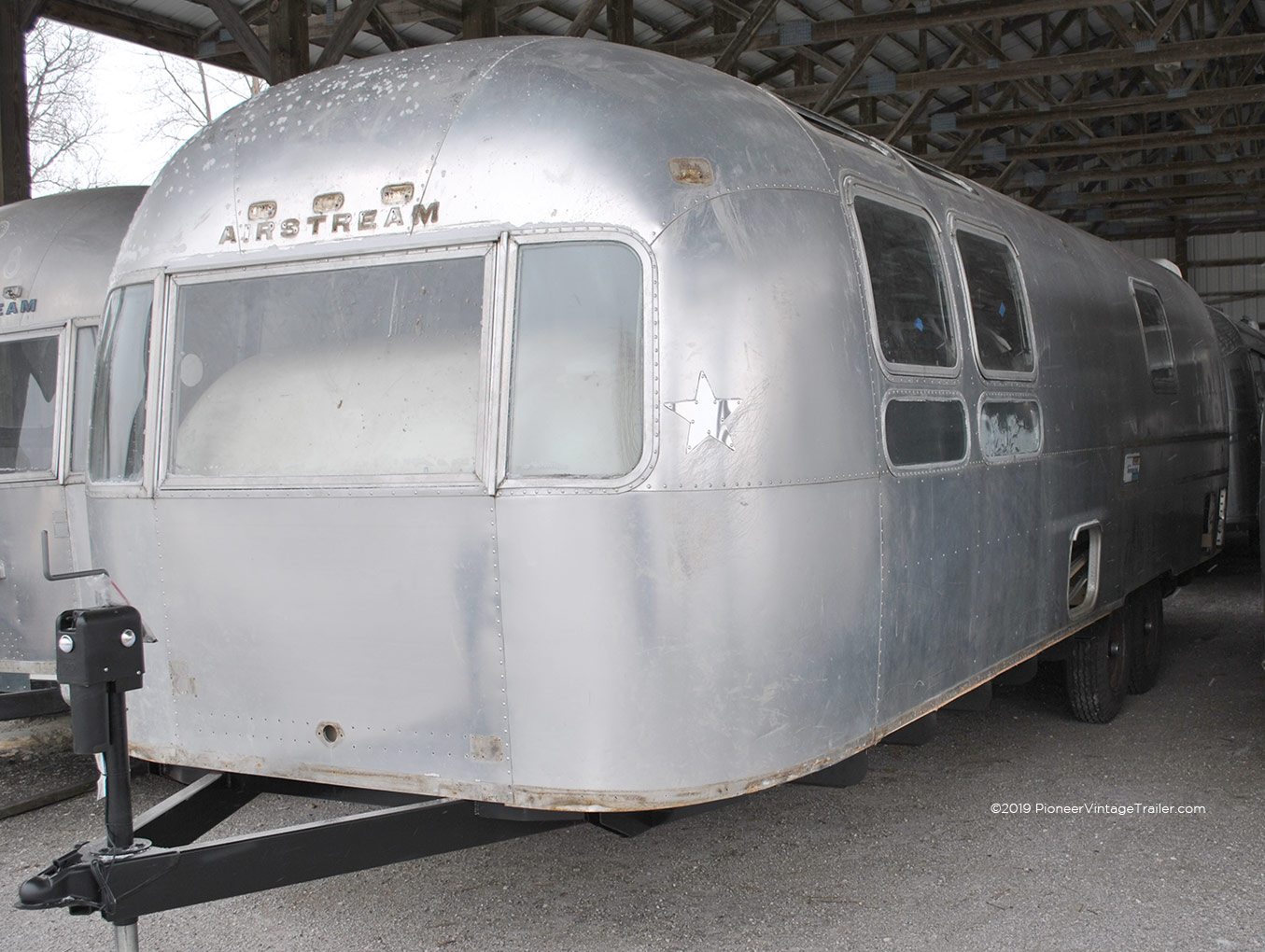 1972 Airstream Sovereign | Pioneer Vintage Trailer